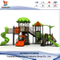Outdoor Treehouse Playset nel cortile per i bambini